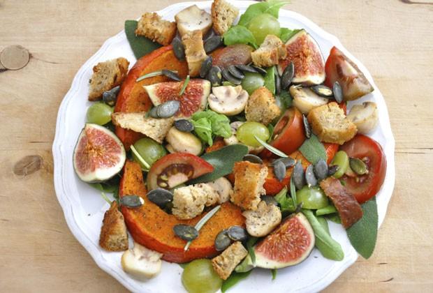 Uma alimentação rica em legumes, frutas, verduras, leguminosas e sementes é essencial para o vegetariano (Foto: Thinkstock)