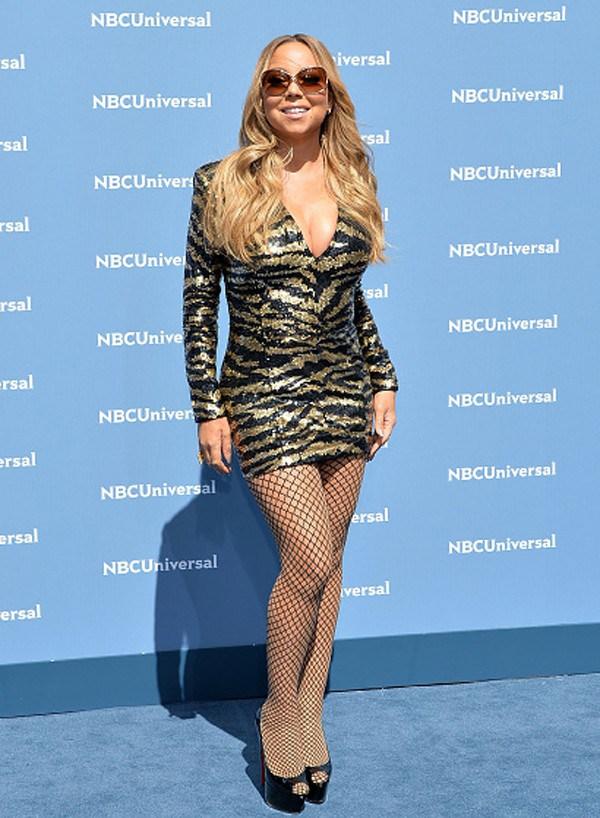 Retoque? Mariah Carey aparece bem diferente em capa de revista; compare