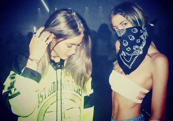 Sama e Haya são DJs, diretoras criativas e modelos (Foto: Reprodução/ Instagram)