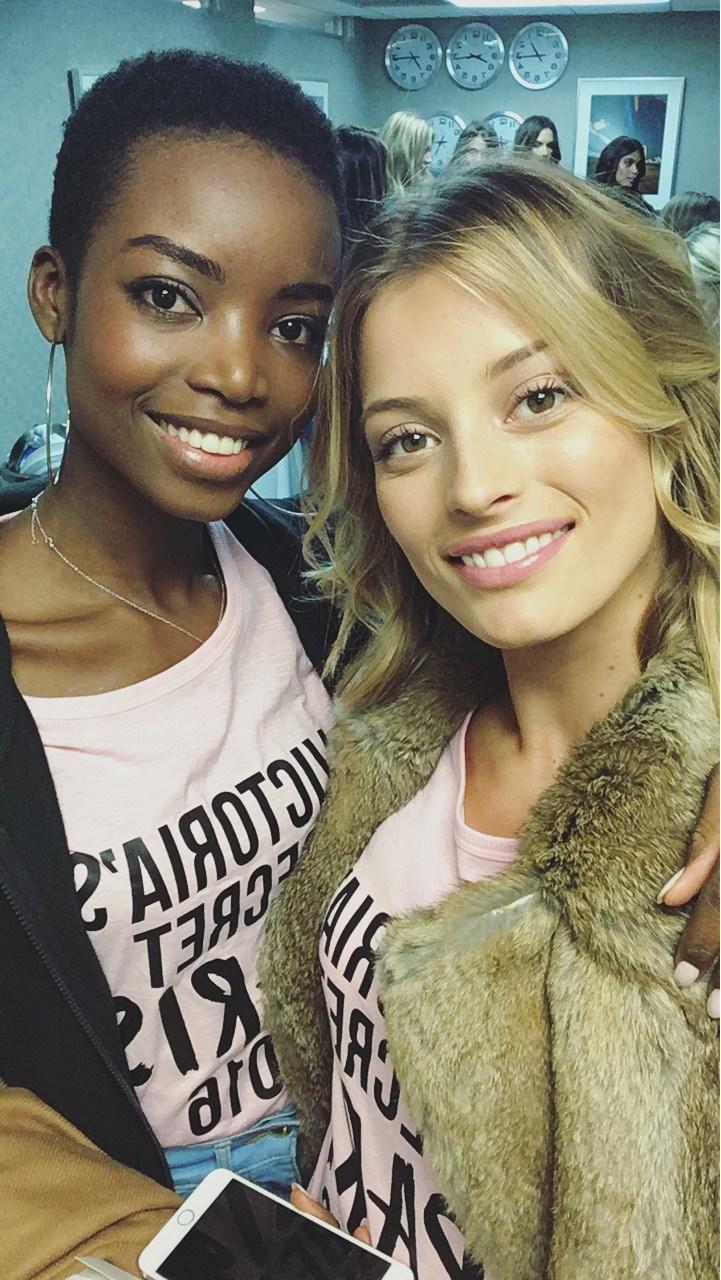 Flávia Lucini embarca para Victoria's Secret Fashion Show (Foto: Reprodução/Instagram)