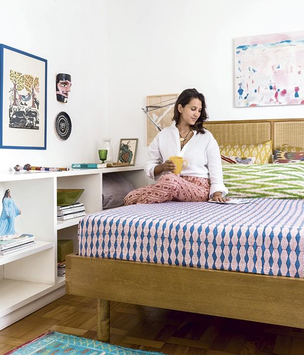 A estilista em seu quarto (Foto: Christian Maldonado)