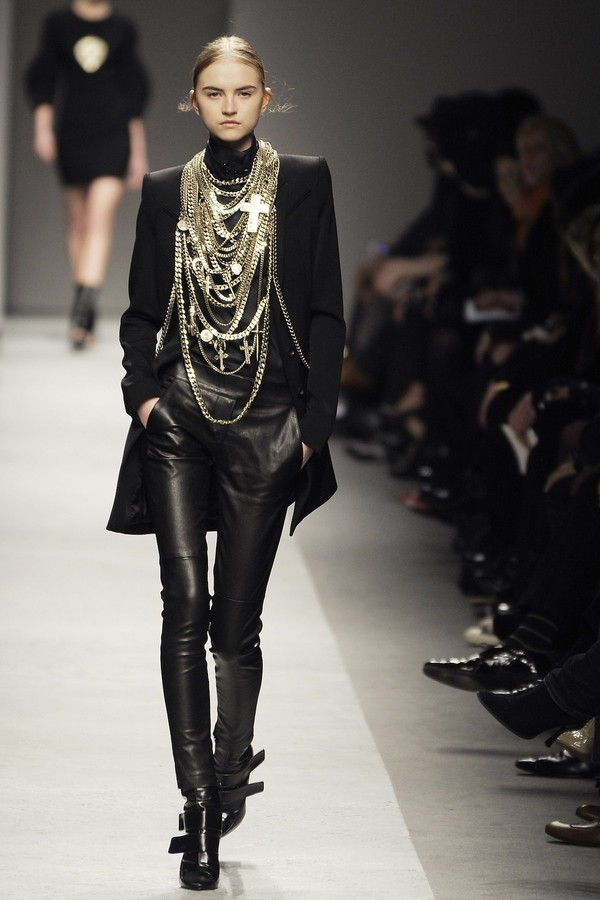 Givenchy - inverno 2008 (Foto: Getty Images)