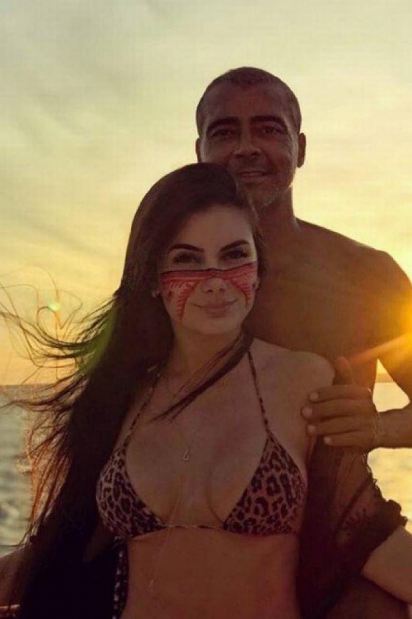 Romário e Ana Karoline Nazário (Foto: Reprodução / Instagram)