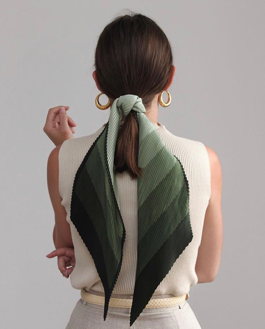 Cabelo express: os penteados fáceis de fazer quando você acordou atrasada  (Foto: zoras_daughter)