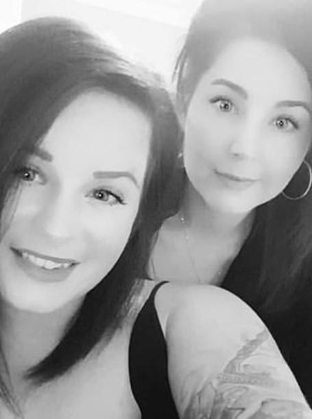 Melissa Collier, à esquerda, e Samantha Wood, à direita (Foto: Reprodução )