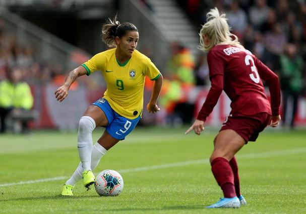 Debinha, atacante da Seleção Feminina de Futebol  (Foto: Getty Images)